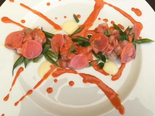 Gambero rosso, fagiolini, crema di limone e ravanelli marinati
